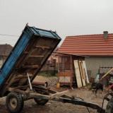 Remorca pe o axa