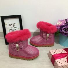 Cizme roz imblanite cu strasuri si fundita pt fete copii bebe 19 20 21 22 23 24, 25, Din imagine