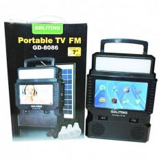 UNICAT! KIT SOLAR CU TELEVIZOR INCLUS,RADIO,3 BECURI LED,PANOU SOLAR,ACUMULATOR!