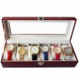 Cumpara ieftin Pachet! Caseta eleganta depozitare cu compartimente pentru 6 ceasuri, imprimeu crocodil rosu + 6 ceasuri de dama