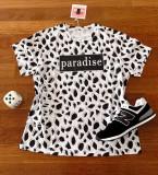 Cumpara ieftin Tricou dama bumbac fin 100% alb cu modele geometrice negre cu imprimeu Paradise
