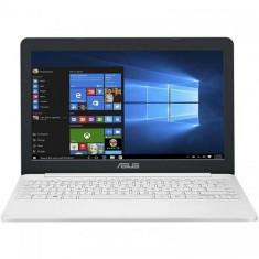 "Laptop ASUS VivoBook E12 E203NA-FD115TS, Intel HD Graphics 500, RAM 4GB, eMMC 32GB, Intel Celeron Dual-Core N3350, 11.6"", Windows 10, Pearl White"