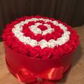 Aranjament colorat din trandafiri de sapun