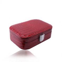 Cutie de bijuterii roșii din imitație de piele de crocodil - formă dreptunghiulară, cataramă