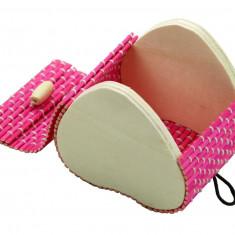 Cutiuta bijuterii inima lemn roz