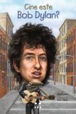 Cine este Bob Dylan?, Pandora-M