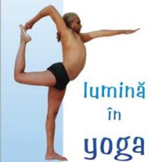 Lumină în Yoga