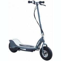 Trotineta electrica Razor E300, pentru adulti, Viteza 24 Km/h, Motor 250 W (Gri)