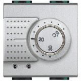 Termostat de ambient electronic Living Light Bticino 2M culoare aluminiu NT4441