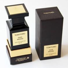 Apa de parfum Tester Unisex, Tom Ford Private Blend Oud Wood, 50ml