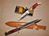 briceag buton cccp ak 47 ( 27 cm. ) plus baioneta cccp ak ( 34 cm )