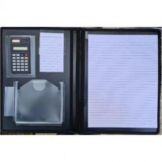 Mapa A4, imitatie piele echipata, 2 bloc notes, calculator 8 digiti