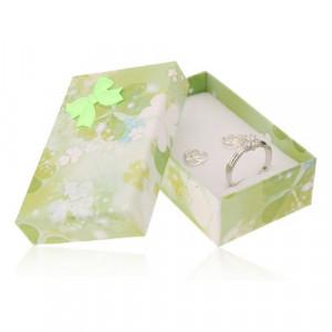 Cutie din carton pentru set sau lant,model cu trifoiuri verzi si albe
