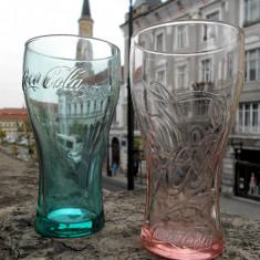 2 pahare Coca-Cola