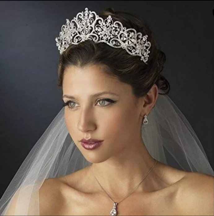 Diadema / coroana / tiara mireasa cu cristale tip Swarovski