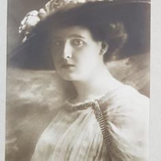 A. S. R. Printesa Elisaveta cu palarie - Foto tip CP, Atelier Fr. Mandy