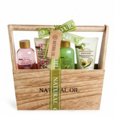 Set cadou IDC Institute Natural Oil, 4 piese