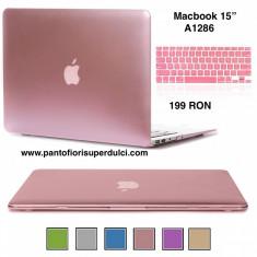 "Carcasa Protectie Apple Macbook Pro 15"" inch A1286 -Display Non Retina roz sidef"