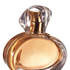 Apa de parfum Tomorrow Avon