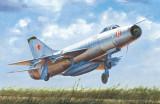 Cumpara ieftin 1:48 Soviet Su-9 Fishpot 1:48
