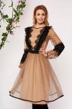 Rochie LaDonna crem midi eleganta in clos din voal cu maneci lungi prinse in elastic cu volanase si buline