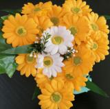 aranjamente florale cu trandafiri din sapun preturi de la 60 lei
