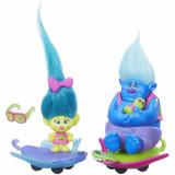 Set Figurine Trolls pe Skate, Hasbro