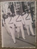 Soldati in uniforma de parada, posibil Ploiesti// fotografie