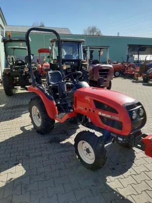 Tractor BRANSON 2200-21HP foto