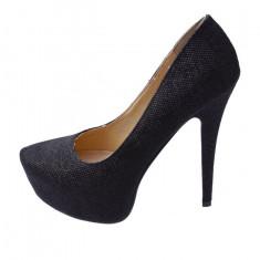 Pantofi cu toc inalt, de culoare negri
