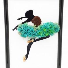 Cumpara ieftin Mini tablou cu licheni naturali stabilizati Nordic Zen, Turquoise ballerina, 10x15 cm