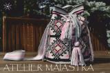 Cumpara ieftin Geantă handmade, ornamentată cu motivul popular din Banat ciutura fr, Geanta rucsac, Gri, Microfibra