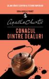 Cumpara ieftin Conacul dintre dealuri, Agatha Christie
