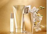 Set 3 produse Avon Attraction pentru Ea si punga cadou-Avon   arhiva Okazii.ro