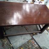 Masa joasa din lemn de stejar
