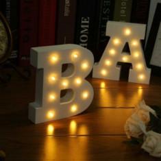Litere Luminoase din Lemn Special