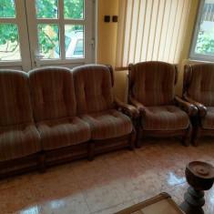 Set canapea extensibila cu doua fotolii, brate lemn masiv stejar