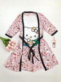 Cumpara ieftin Set pijama dama 3 piese alcatuit din maieu + pantaloni scurti + halat roz cu imprimeu HK