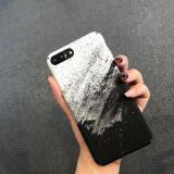 Husa protectie spate iPhone, model alb negru