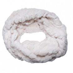 Fular calduros Dave cu insertii de paiete,model circular,nuanta de crem