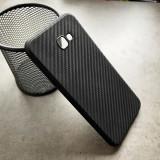 Cumpara ieftin Husa silicon efect carbon Samsung J4 plus