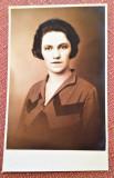 Portret de femeie.Fotografie veche tip carte postala - Foto G.I. Hansa, R.-Sarat