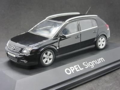 Macheta Opel Signum Schuco 1:43 foto