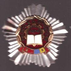 Insigna Fruntas in Intrecere 1974, in cutie