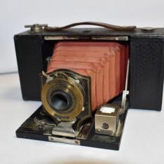 Aparat vechi fotografiat cu burduf Folding Pocket Brownie Model B USA cca. 1900