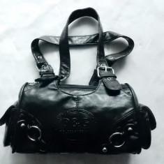 Geanta din piele naturala foarte fina D&G Dolce&Gabbana; impecabila, ca noua