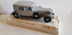 Macheta Renault Reinastella - SOLIDO scara 1:43