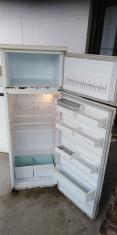 Vand frigider foto