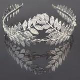 Tiara pentru mireasa cu model de frunzulite