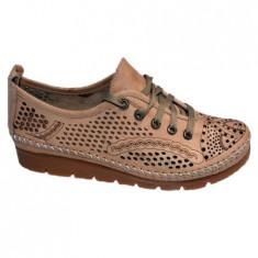 Pantof cu talpa joasa cu siret nuanta de maro